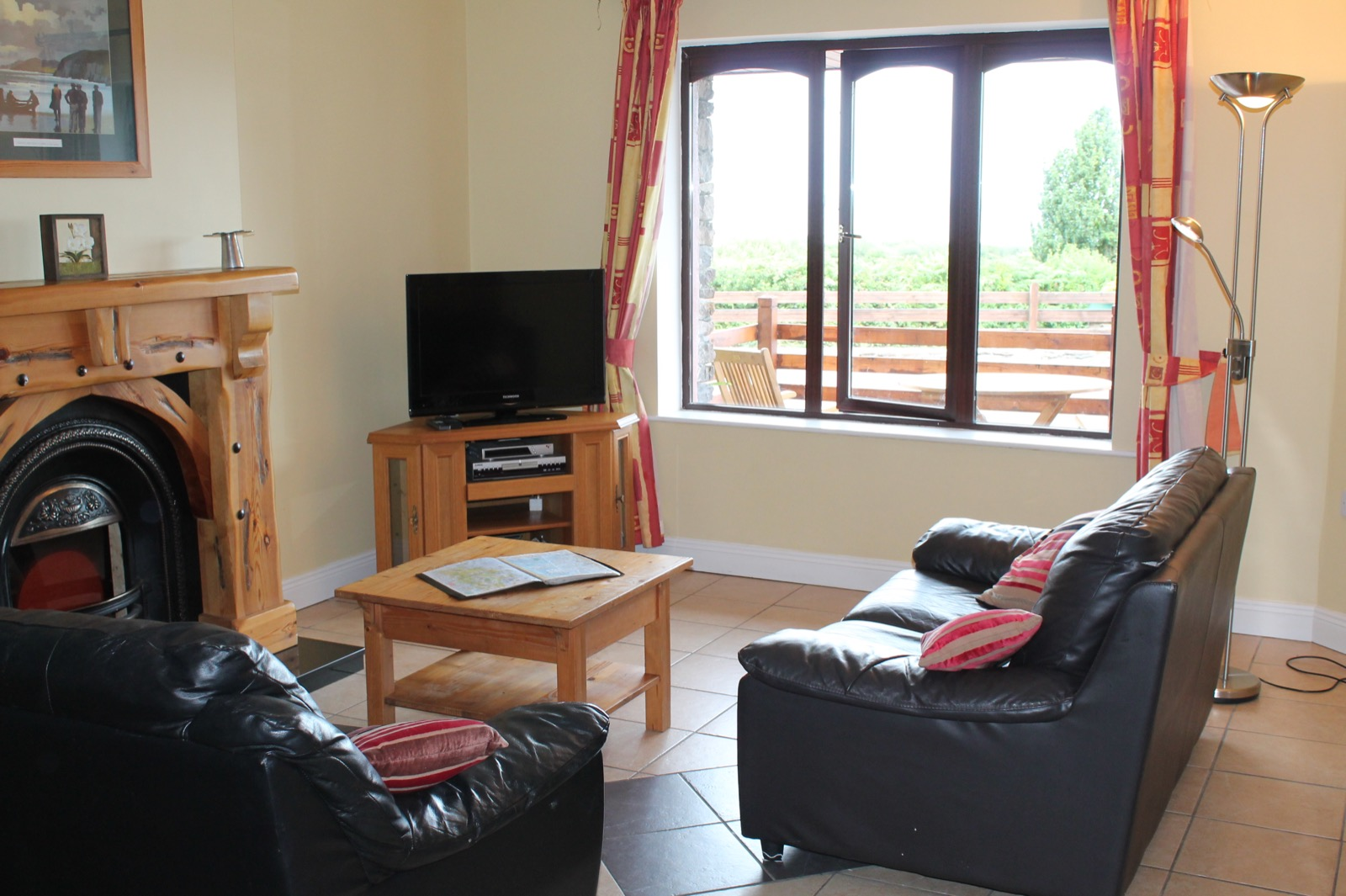 Tralee Bay Self Catering Apartments - 2 Bedrooms